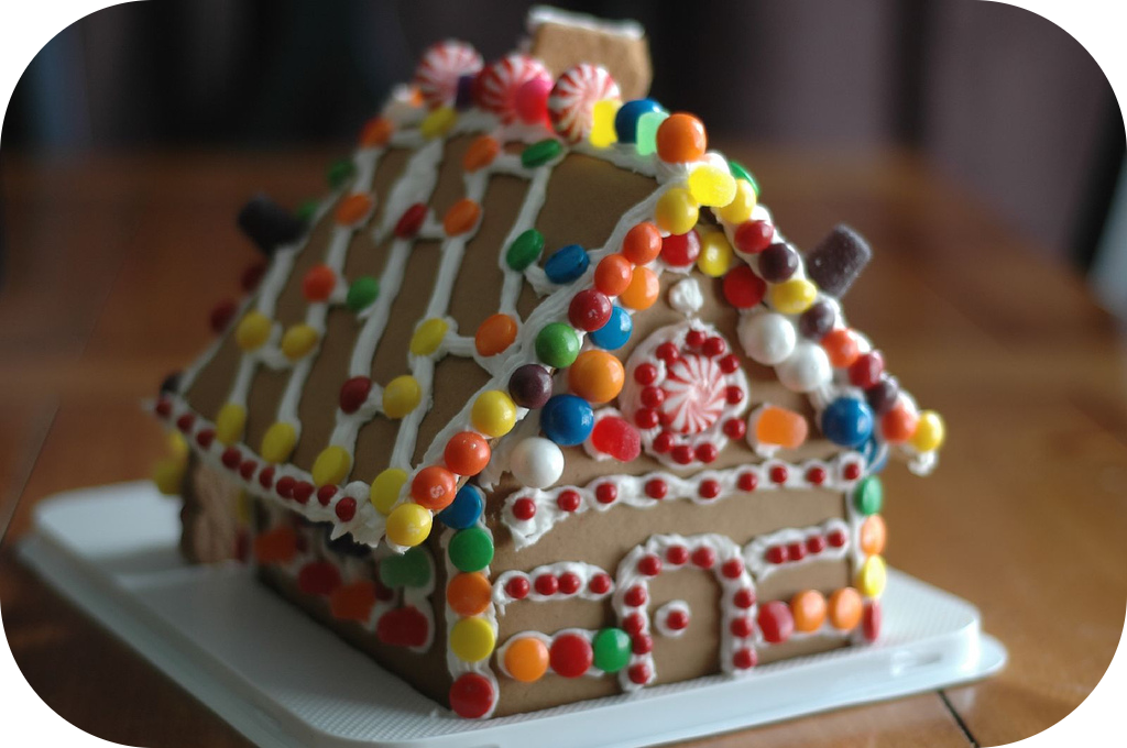 Gingerbread House Decorating!
