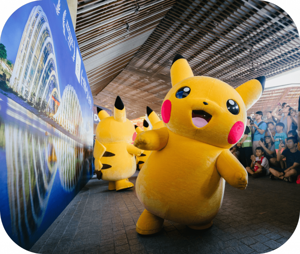 Convention, mascot, Pokemon, Pikachu, crowd