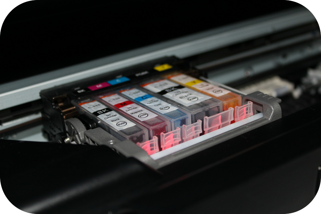 Ink cartridges of a color printer